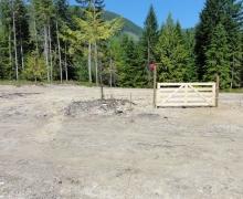 3bear-fence-gate